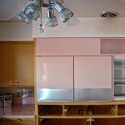Did you think your kitchen is supermodern? Look at this amazing vintage kitchen from 1956
