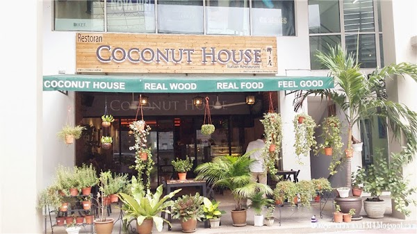 Lunch @ Coconut House, Jaya One
