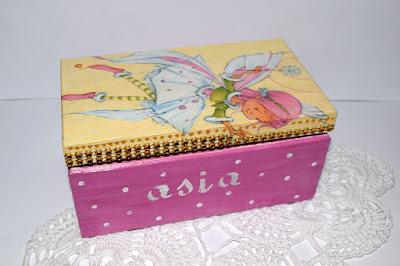 Pudełko drewniane decoupage oraz scrapbookowe kartki ślubne.