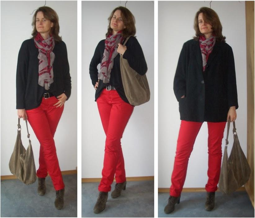 Schwarz Rot Weiß Liefert So Ziemlich Den Ultimativen Kontrast Ein Schal Der Alle Drei Farben Vereint Wirkt Auf Meine Augen Sehr Harmonisierend