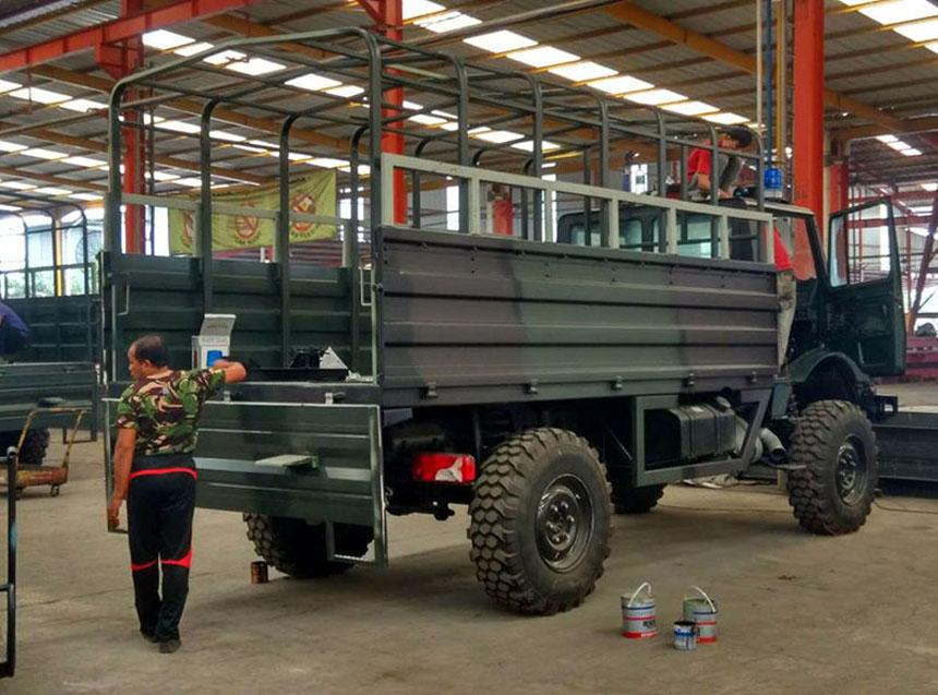 Unimog U400 TNI AL