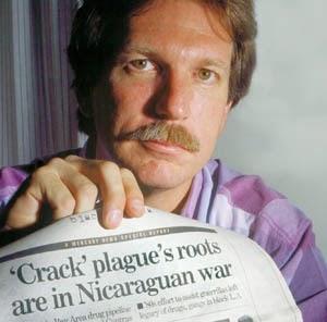 EEUU: Gary Webb, con dos balas en la cabeza.