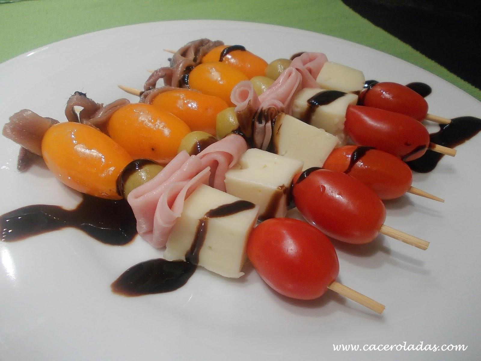 Brochetas fáciles de tomates cherry