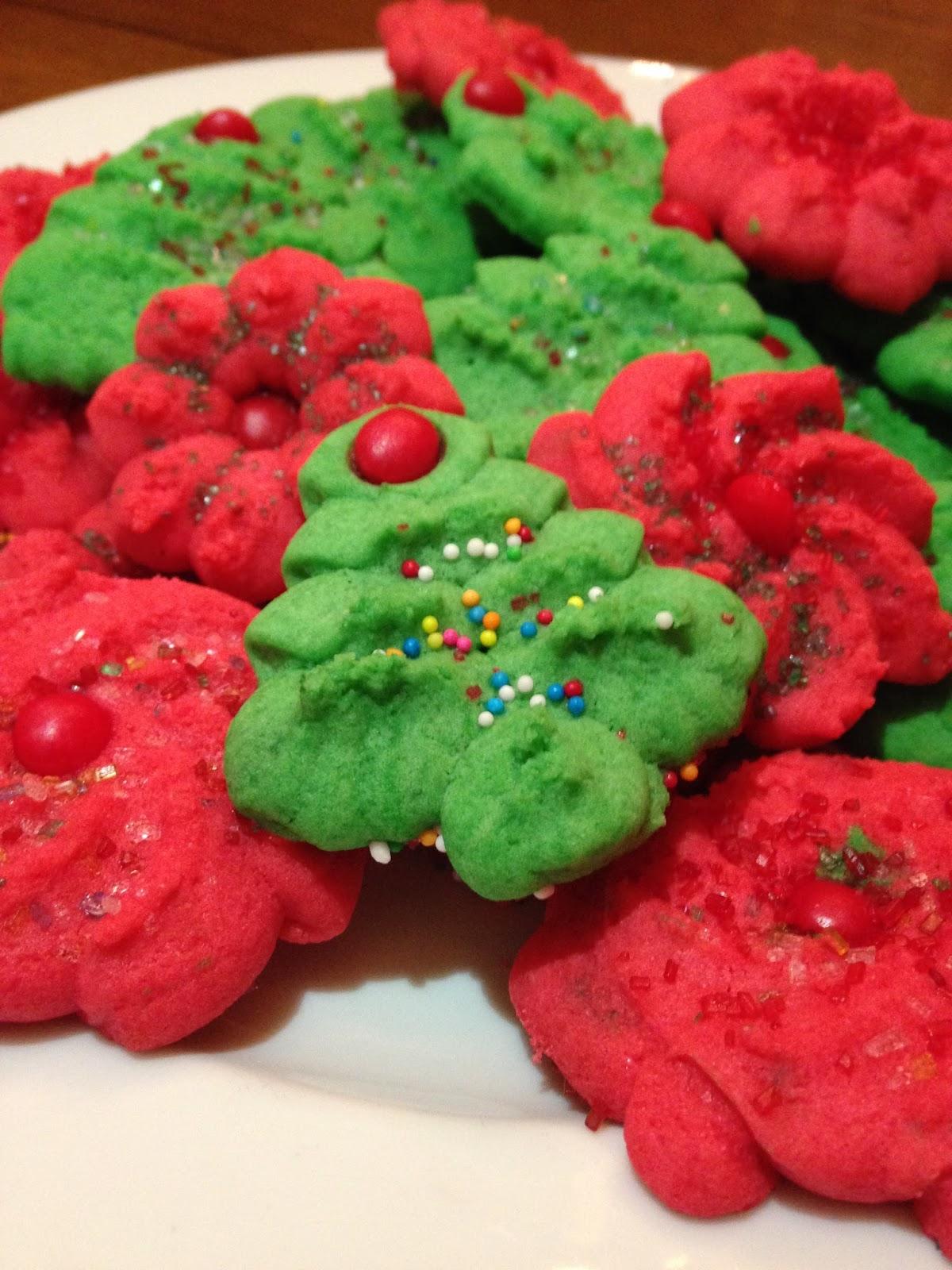 Maggie S Lesvegan Kitchen Vegan Viands 18 Christmas Spritz Cookies
