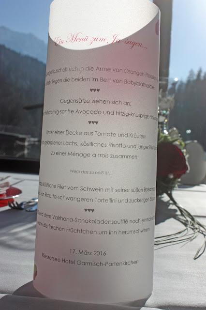 Verlobungsdinner - Menükarten Menü für Verliebte auf Transparaentpapier - menu for proposal - menu vor lovers - Riessersee Hotel Garmisch-Partenkirchen