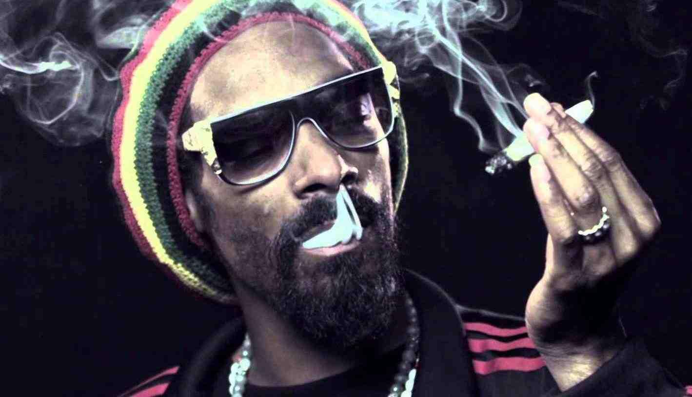 25 frases clásicas de Snoop Dogg para alegrar tu día