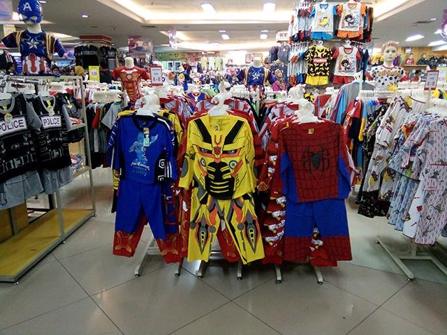 Berburu Baju Super Hero di Mall BCP - Bekasi Cyber Park , Lewat Jalan Belakang