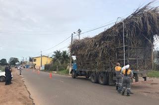 http://vnoticia.com.br/noticia/3063-emtransf-comeca-operacao-de-fiscalizacao-dos-caminhoes-que-transportam-cana-de-acucar-em-sfi