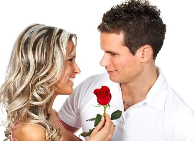 wanita yang terlihat percaya diri di depan mereka Rahasia memikat pria berdasarkan zodiak