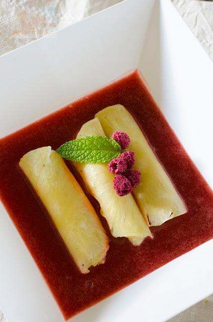canelones-pina-mousse-mango-coulis-fresa4
