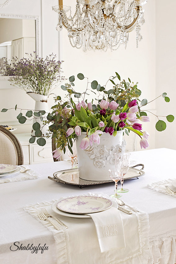 Choosing colors for a spring table setting shabbyfufu - French country table centerpieces ...