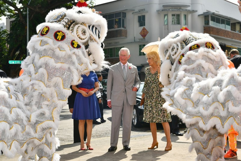 Their Royal Highnesses at Tiong Bahru estate's lion dance welcoming ceremony.