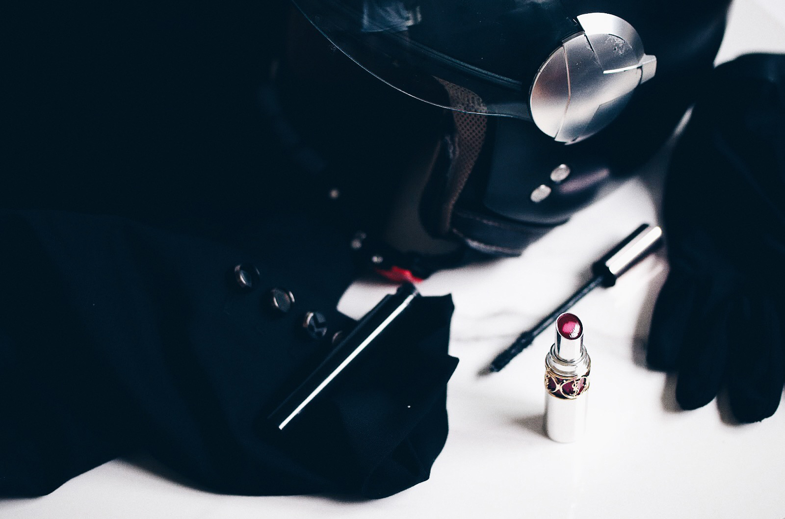 ysl yves saint laurent tint in balm baume à lèvres teinté avis test swatches