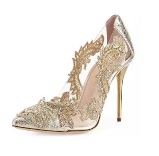 Oscar de la Renta Crystal Embellished Pumps