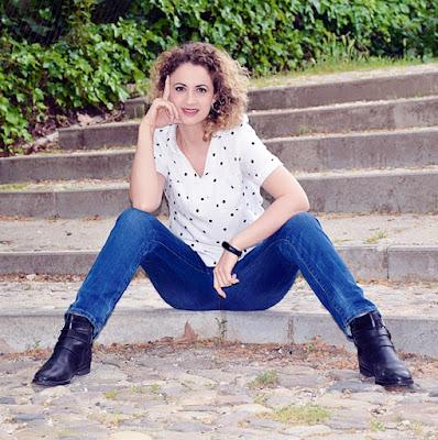 Outfit-Blusa-Blanca-Lunares-5