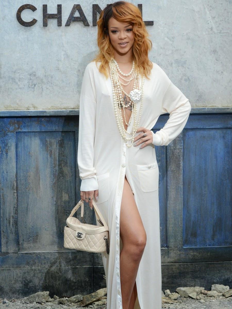 Rihanna Braless At Chanel Fashion Show  Paparazzi Oops-6564