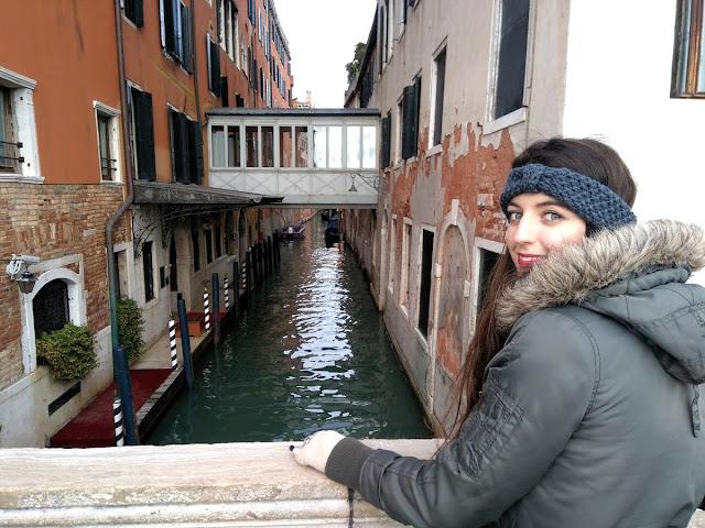 italy, italija, venice, venecija, trip, journey, europe, travel, traveling, izlet, potočki promet, autobus, put, putovanje, boat, brod, sea, more, couple, par, godišnjica veze, gift idea, bridge