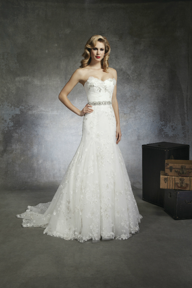 Lace Wedding Dress With Beading 66 Amazing A strapless regal satin