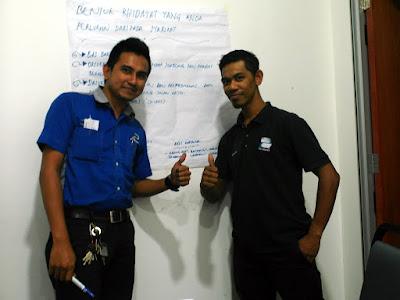 Kursus Kemahiran Berkomunikasi Untuk Pemandu by Azmi Shahrin at Cyberjaya DTS on 28-29 May 2016
