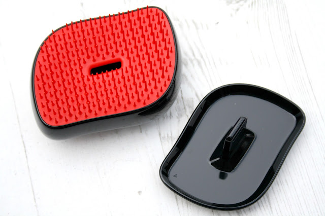 Lulu Guiness Compact Style Tangle Teezer