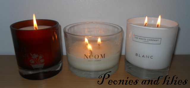 Scented candles, Noble isle fireside scented candle and snuffler, Neom luxury organics harmonise scented candle, The white company blanc scented candle, Christmas gift ideas, Noble Isle scented candle review, Neom harmonise candle review, The white company blanc scented candle review