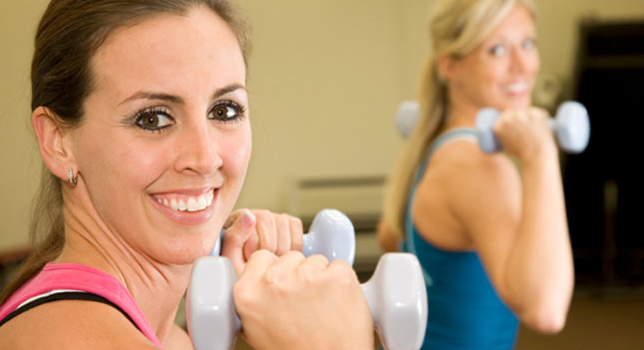 Mana Lebih Efektif Turunkan Berat Badan, Kardio atau Latihan Beban?