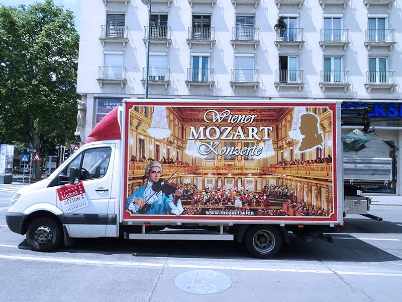 Wien_Vienna_Daytrip_Travel_Guide-Mozart