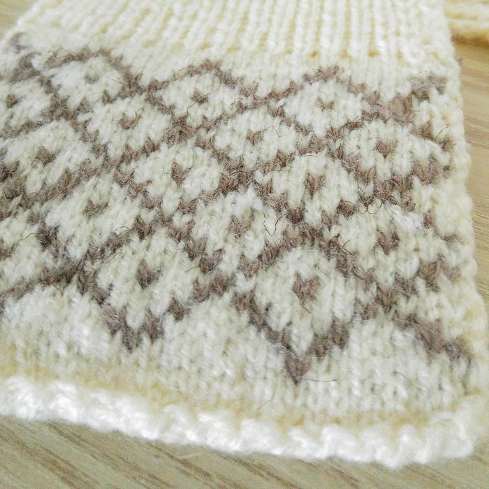 Écharpe tricot et crochet - Hello c'est Marine - Chat tricote par ici