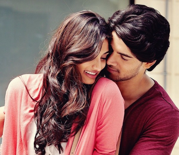 Athiya Shetty Sooraj Pancholi Hot Love Romantic Full HD Wallpapers