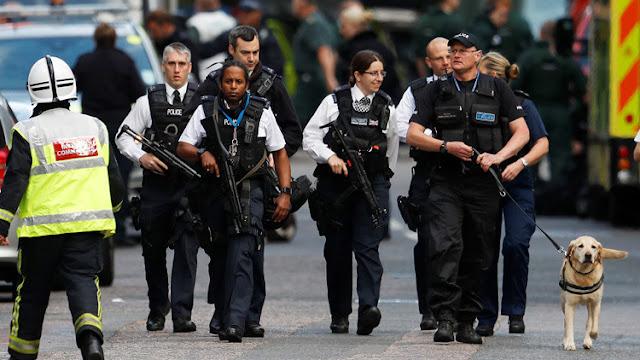 Londres: Policías dispararon 50 veces para abatir a los 3 autores del atentado e hirieron a un civil