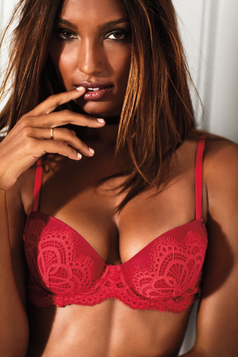 Jasmine Tookes models Victoria's Secret Dream Angels Lace Demi Bra
