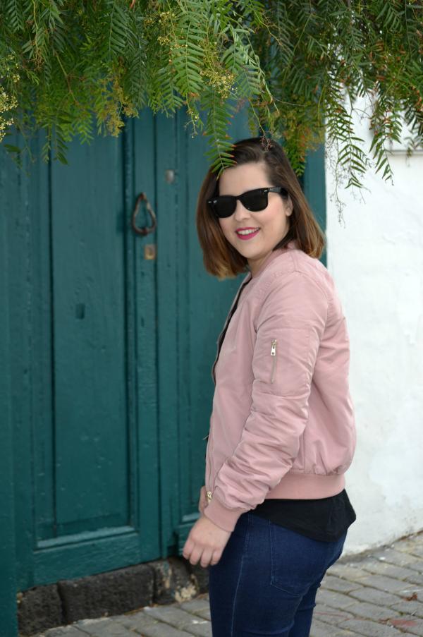 look_chaqueta_bomber_rosa_stradivarius_como_combinar_lolalolailo_01