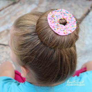 http://www.doodlecraftblog.com/2016/10/donut-with-sprinkles-hair-clip.html
