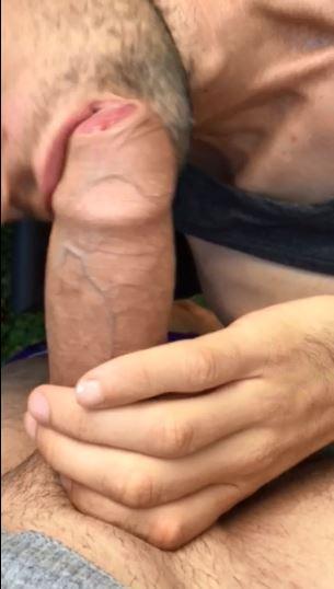 Mature men pissing pic