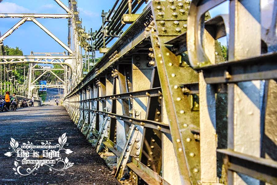 jembatan legendaris kulonprogo