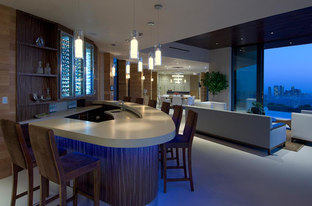 Private bar by the living room