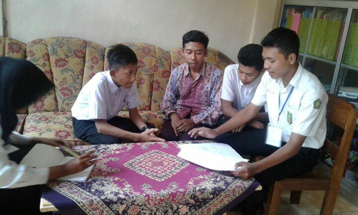 """Kelompok """"Tanggang"""" MAM Watulimo Tanyai Fortasi ke Guru MI"""
