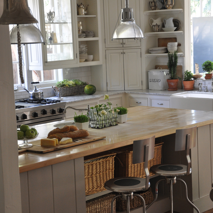 Charming Vintage Inspired Kitchen in California beach cottage in Santa Monica by Giannetti Home