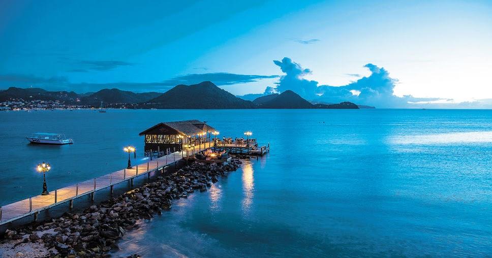 5 piscines et 4 bains remous 12 restaurants et 8 bars for Albatica piscine