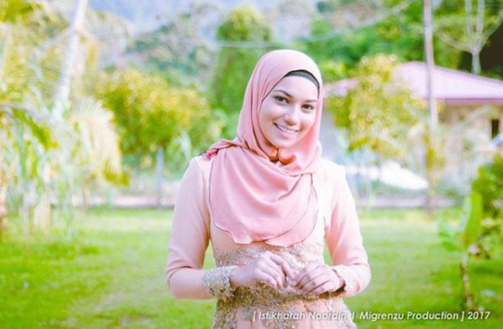 Gambar Elisya Sandha, Gadis Kampung Cantik dalam Drama Mat Rukun