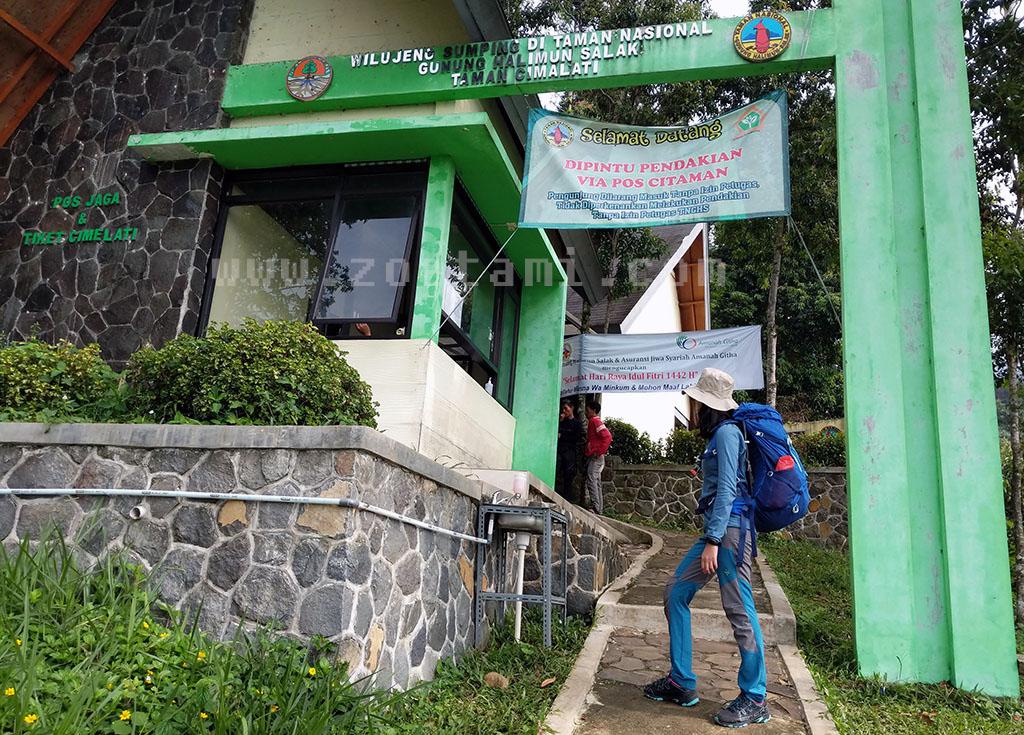 Basecamp Pendakian Gunung Salak via Cimelati