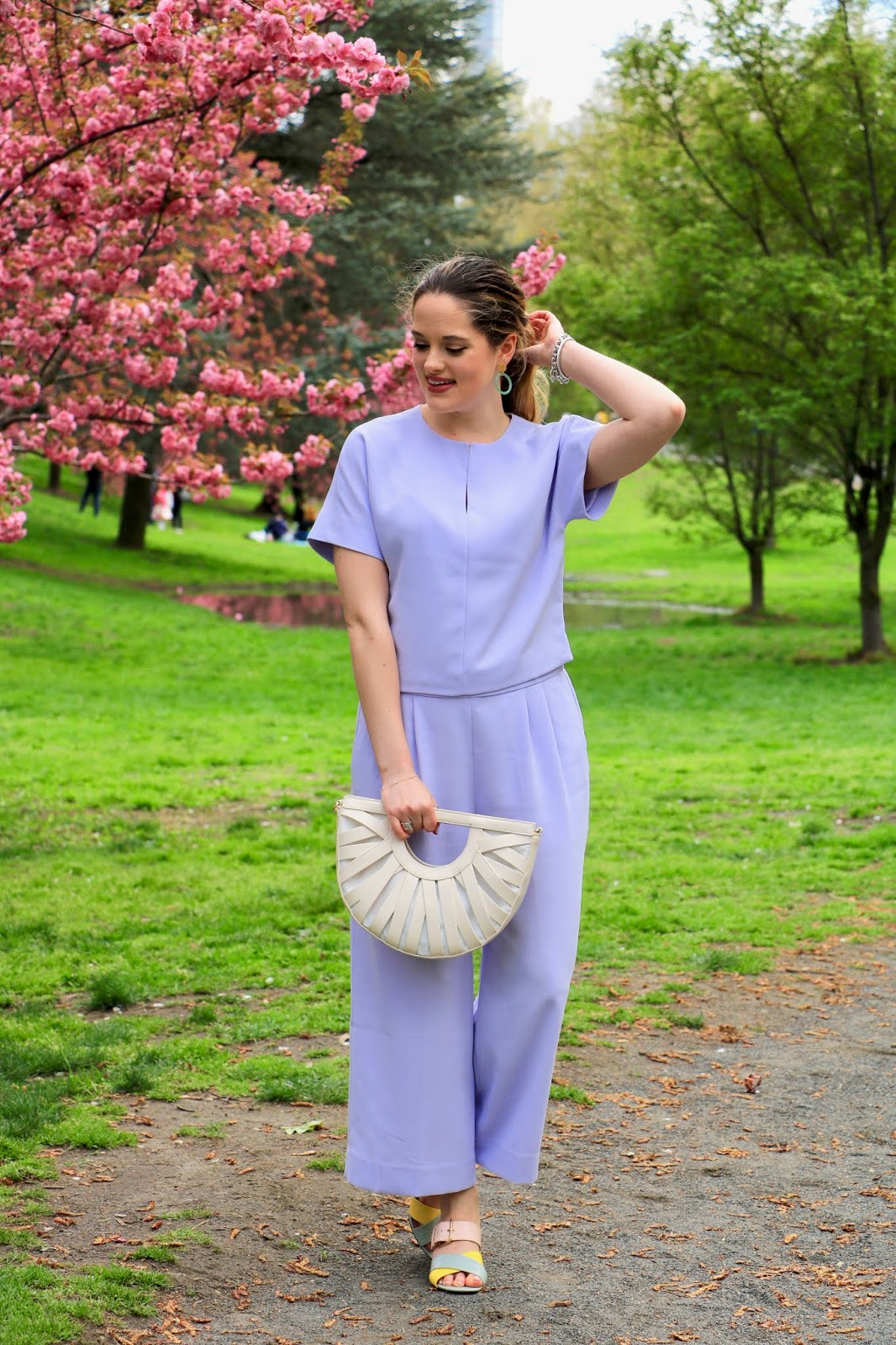 Nyc fashion blogger Kathleen Harper's 2019 spring street style