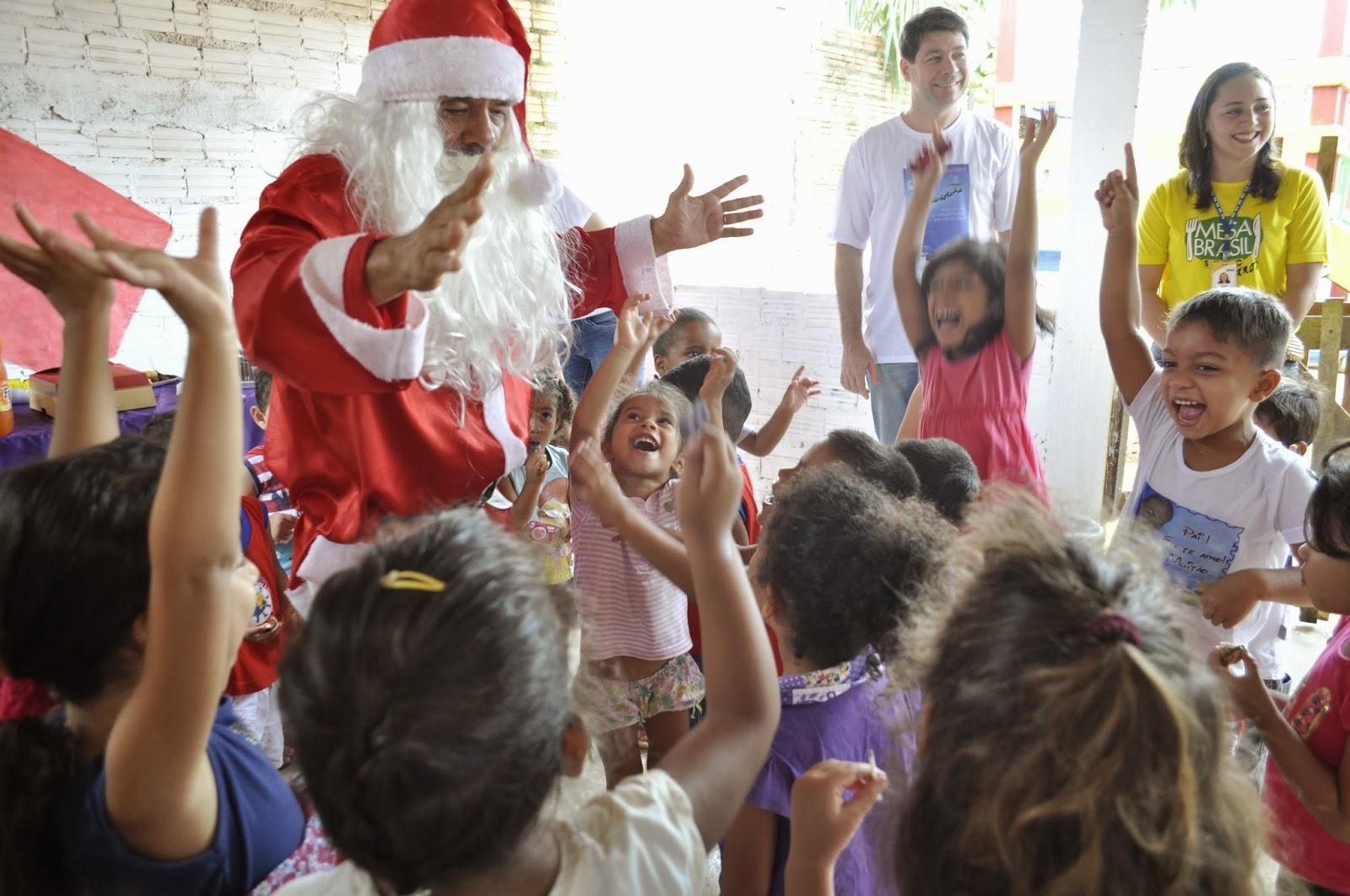 Mesa Brasil e Singaro realizam ação solidária natalina 3cb902a6d7060