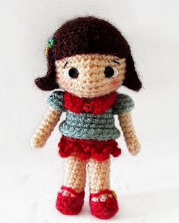 https://talesoftwistedfibers.files.wordpress.com/2015/02/maiya-the-little-girl-a-free-amigurumi-pattern-by-tales-of-twisted-fibers.pdf