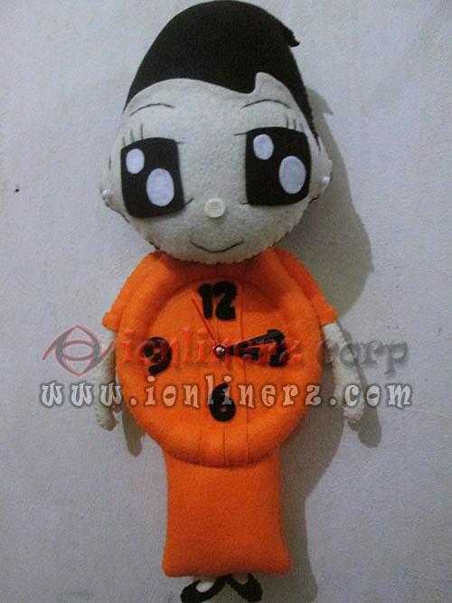 Jam Dinding Flanel Karakter Kartun Boneka Pilot / Co Pilot / Pramugari ( Lion Air, Garuda, Air Asia )