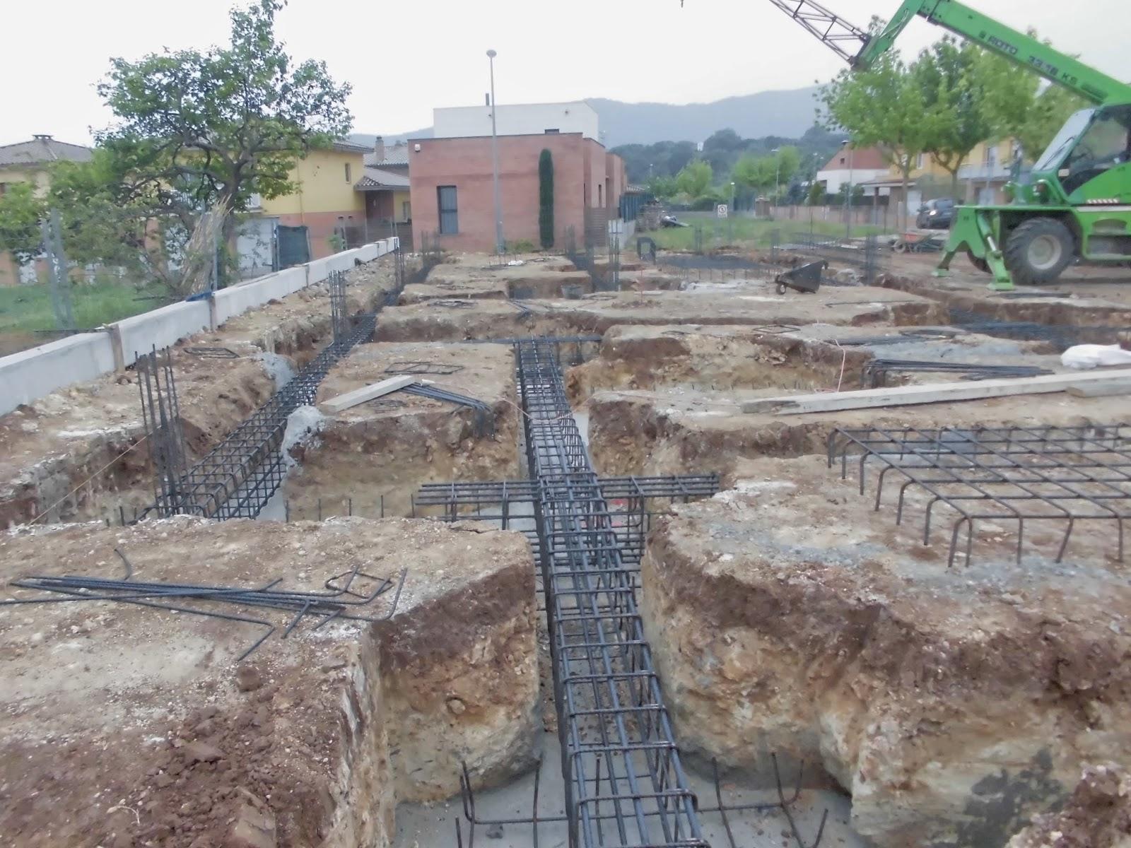 El maestro de obras xavier valderas construir los cimientos - Rellenar juntas piso madera ...
