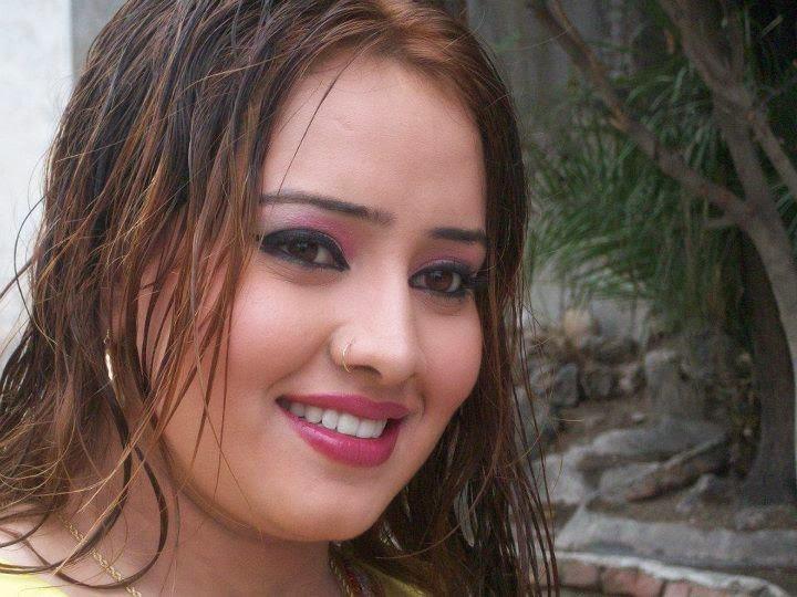 Pashto Dancer Nadia Gul Six: Pin Naz Qureshi Wmv Add To Ej Playlist Farzana Presents