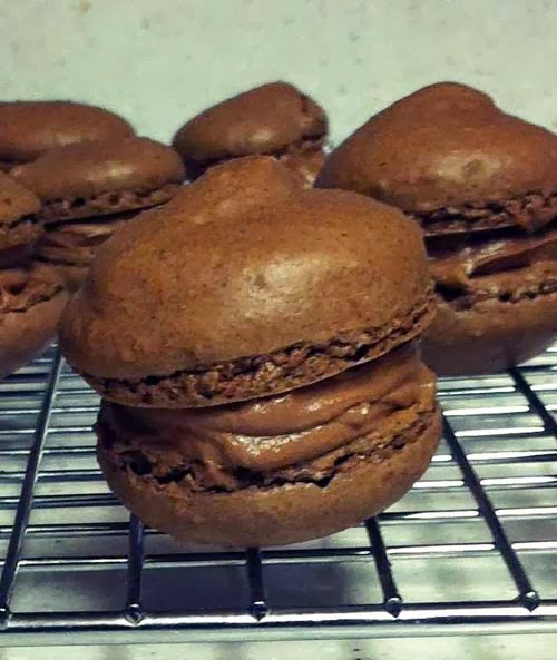 Chocolate Nutella Macaroons. Yum!!!
