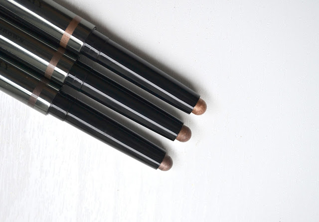 Burberry Eye Colour Contour Smoke and Sculpt Pen Review Swatches