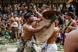 Makare-kare tradisi unik dari Bali